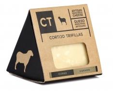 Morceau Manchego de fromage vieux CT