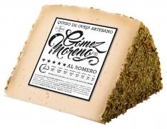 Quartier de fromage de brebis au romarin grand Gómez Moreno
