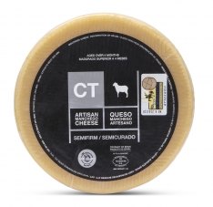 Fromage Manchego entier semi-vieux CT